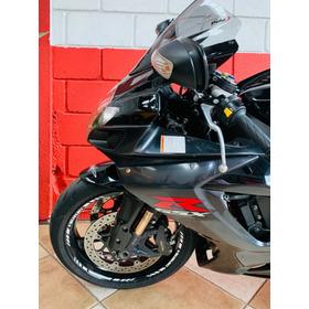 Suzuki Shad 750 - 2009 - Km 33.000