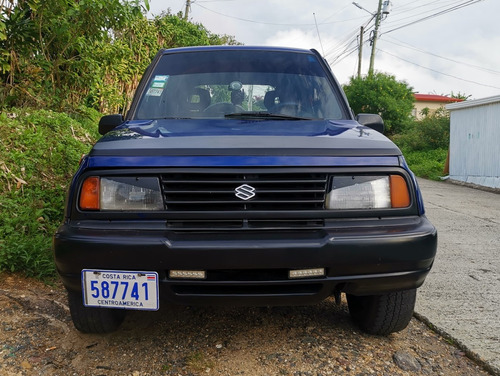 suzuki sidekick  año 96.. 4x4 manual  4x4
