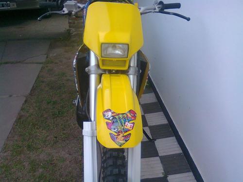 suzuki ts 200r