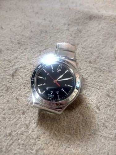 swatch irony com pulseira de aço e calendário