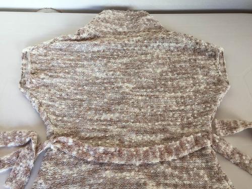 sweater saquito de lana manga corta con botones impecable!