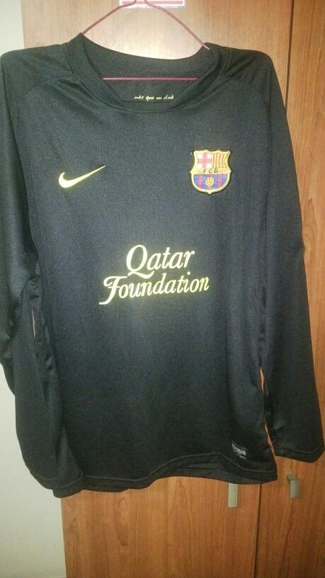 Sweater Sueter Fc Barcelona Talla M - Bs. 20.009 fb869f8cc86