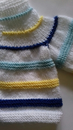 sweater tejido a mano para bebe 0 a 3 meses
