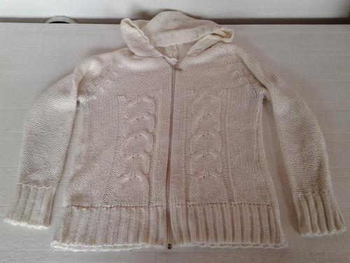 sweter crudo con capucha y cierre talle m