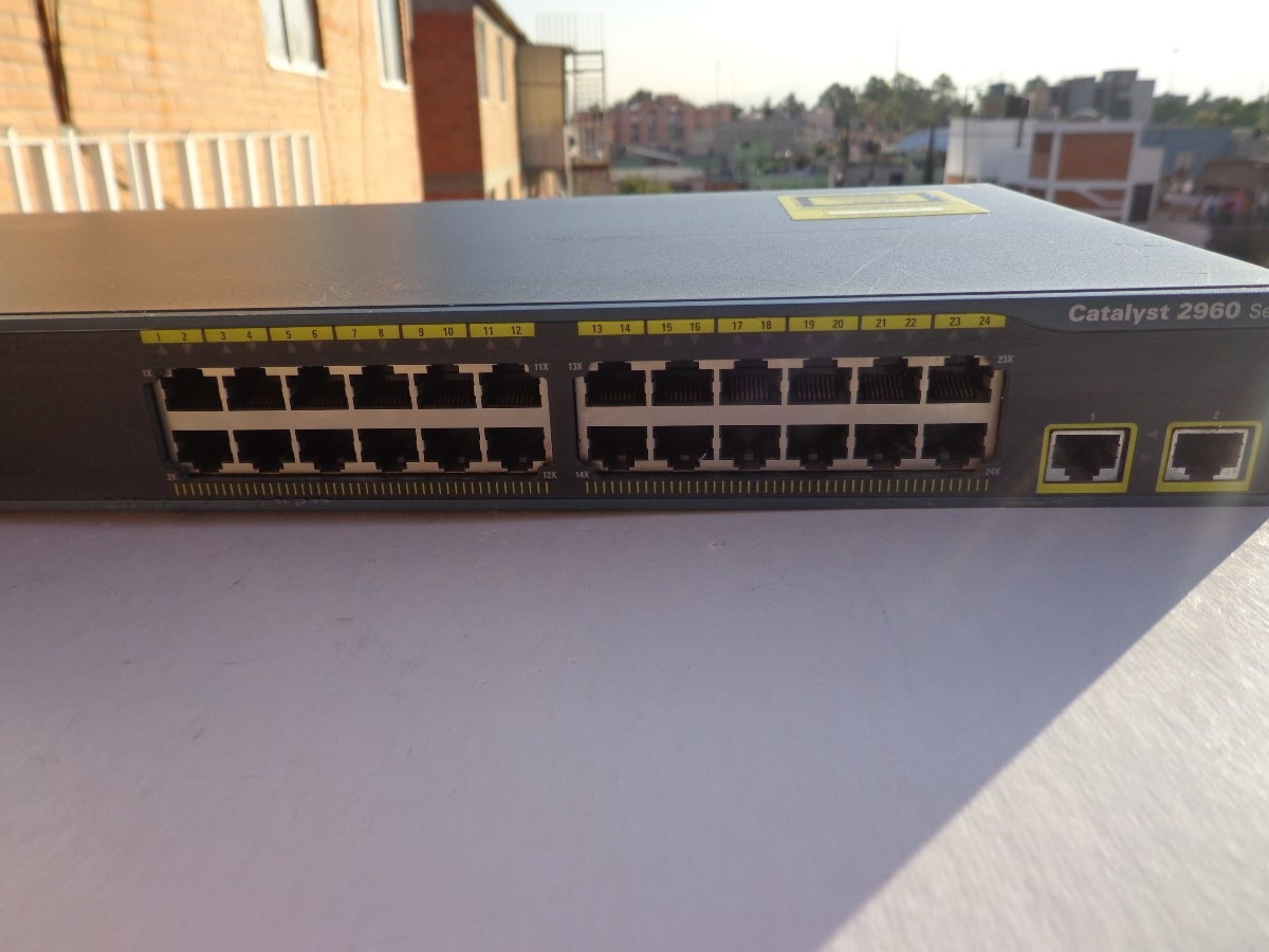 Switch Cisco Catalyst 2960 Ws C2960 24tt L 90000 En Mercado Libre Wsc296024ttl Cargando Zoom