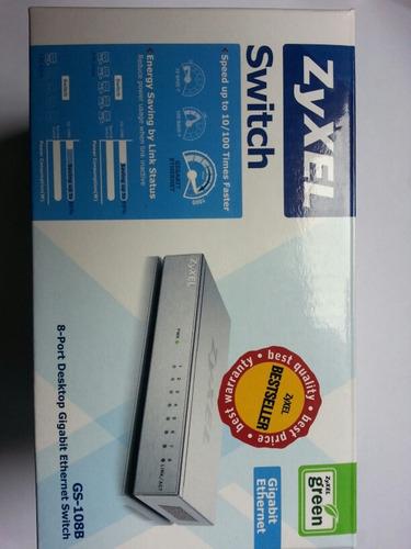 switch de 8 puertos marca zyxel 10/100/1000