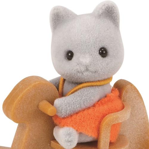 sylvanian families bebe gato con mecedora
