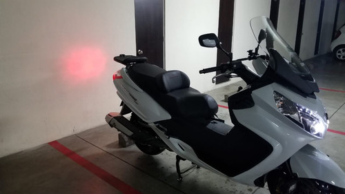 sym maxsym 600i abs scooter