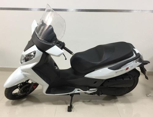 sym scooter motos