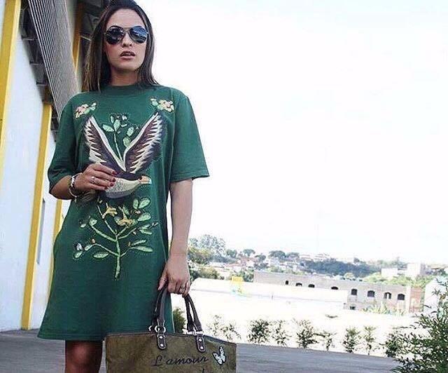 c82cd6cc0 T-shirt Vestido Camiseta Gola Carcará Farm Rio - R$ 130,00 em ...