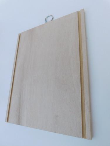 tabla de madera 20x30 cm. con argolla