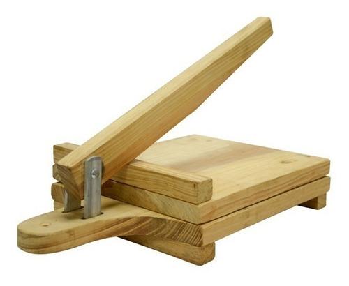 tabla para hallacas y empanadas en madera