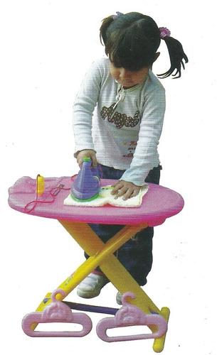 tabla planchar juego didactico vegui con plancha y perchas