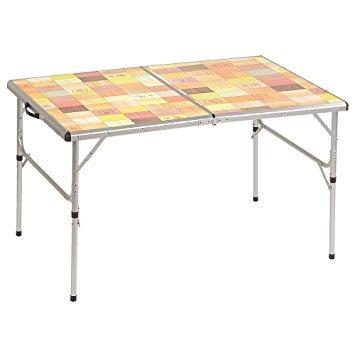 tabla plegable al aire libre con mosaico coleman top