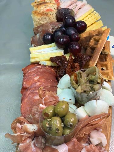 tablas de quesos y embutidos