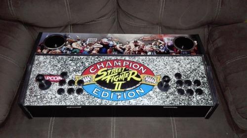 tablero arcade con portavasos