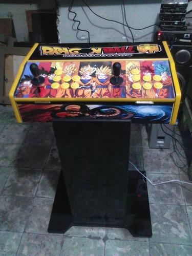 tablero de videojuegos con pandora box arcade retro