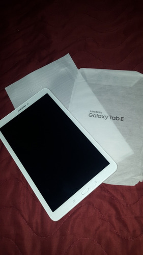 tablet nueva samsung galaxy a3 tab e 560 10' + funda