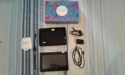 tablet samsung 7 + tablet 7 +funda con teclado