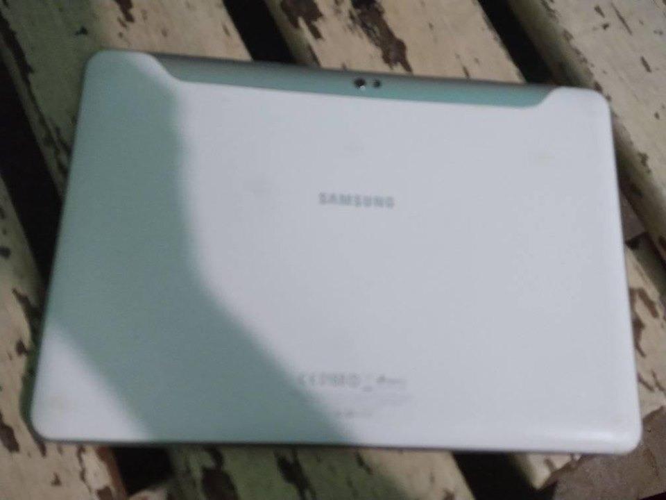 Tablet Samsung P7500 Galaxy Tab 3 Com Defeito