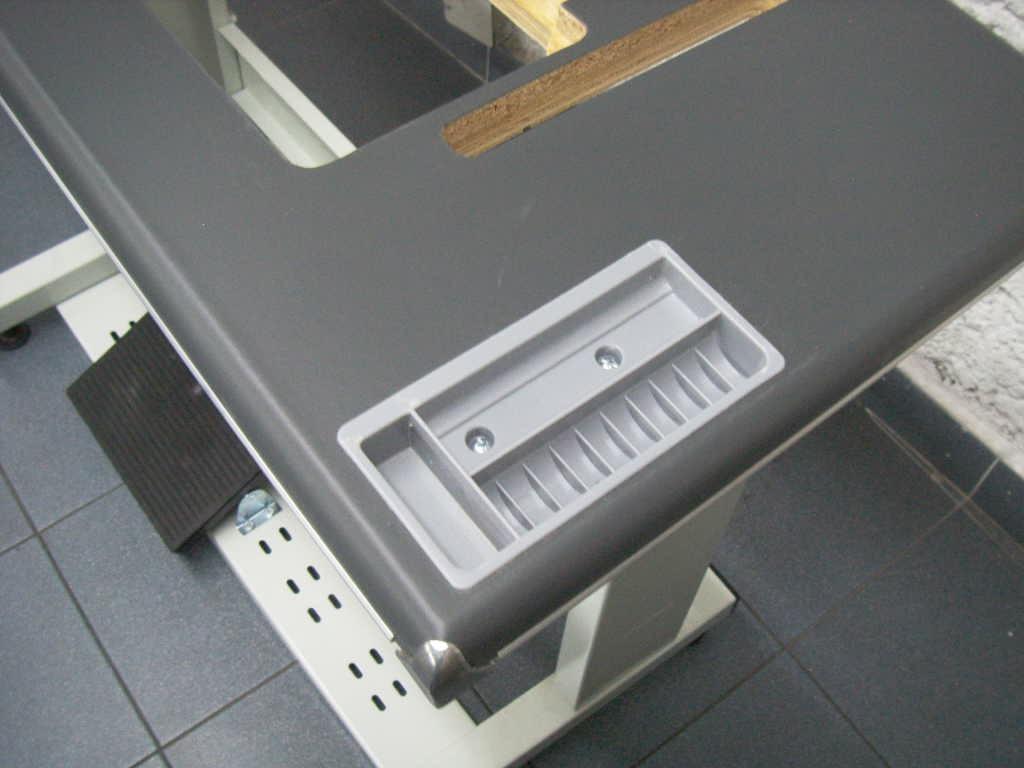 Tablon en vinil para maquina de coser mesa industrial for Mesa para maquina de coser