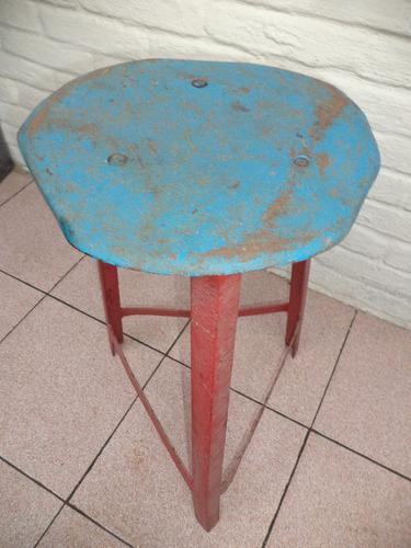 taburete  hierro antiguo vintage