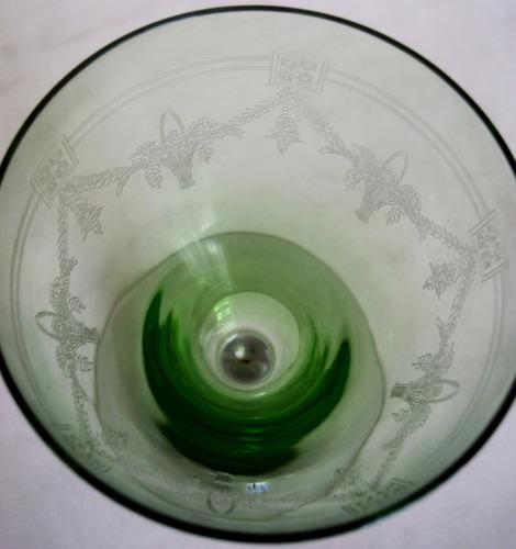 taça (s) vidro verde uralina desenhos gravados saint louis