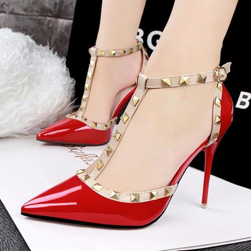 tacones rojos con taches fashion sexy stiletto pointed-toe