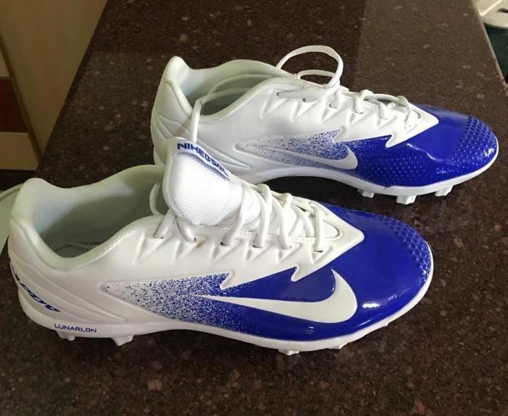 51c89436470e8 Tacos De Futbol Marca Nike Caballeros - Bs. 60.000