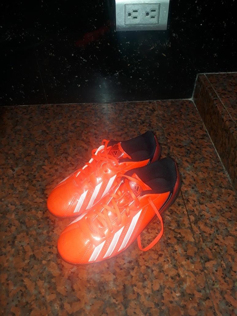 tacos de futbol para niño adidas predator 100% originales. Cargando zoom. f6e28000e087a