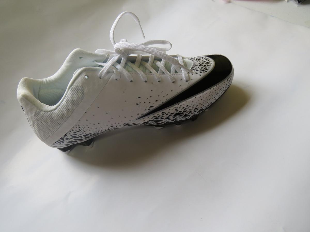 tacos futbol 29 cm nike blancos con negro. Cargando zoom. 2baf5a2b69f77