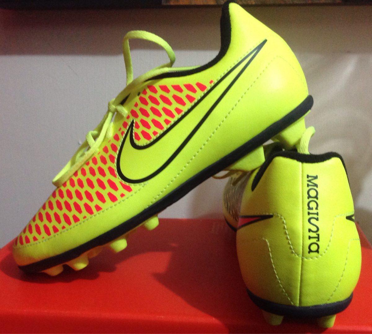Tacos Futbol Soccer Magista Nike Niño N1 Tachones Taquetes - $ 1,250.00 en Mercado Libre