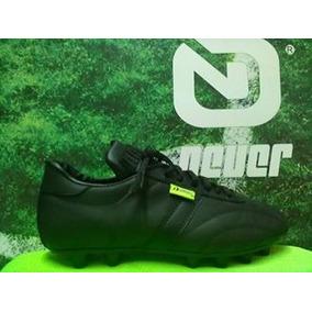 b4c9ebbd04fd0 Zapatos Futbol Rapido Manriquez en Mercado Libre México