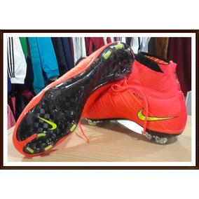 310601c722a63 Tacos De Suela Dorada Nike Mercurial - Artículos de Fútbol en Mercado Libre  México