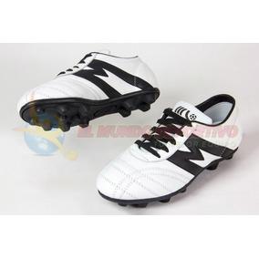 972201fcac5f0 2068-zapato Futbol Manriquez Mid Tx Blanco negro.   799