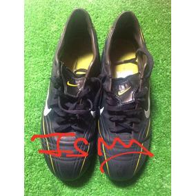 c87b4b425c8b1 Tacos Ronaldo R9 - Tacos y Tenis Césped natural Nike de Fútbol en ...