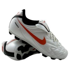 a632b7712ea57 Tiempo - Tacos y Tenis Césped natural Nike de Fútbol en Mercado ...