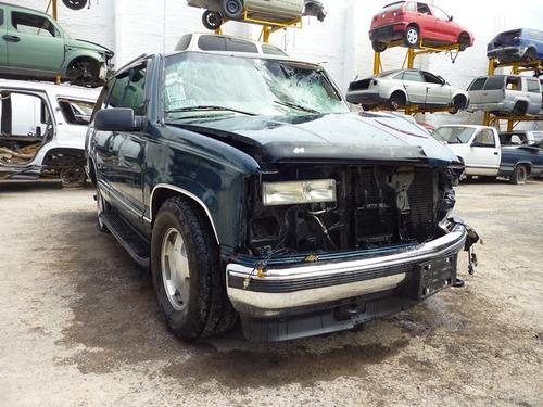 tahoe 1999,accidentada,,motor 5.3 vortec partes