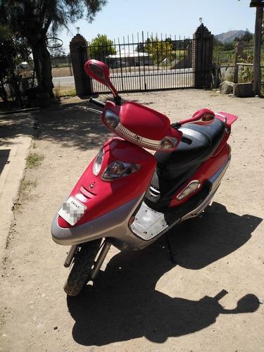 takasaki  scooter