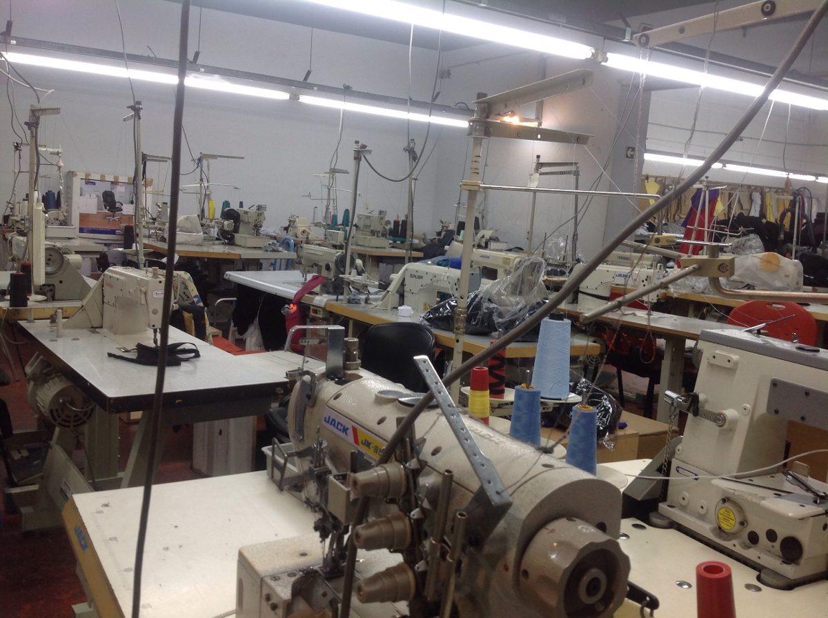 Taller de costura lider corte confeccion molderia y m s - El taller de pinero ...