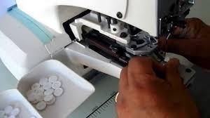 taller de ojal, botón, broches a presión y planchado