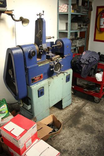 taller de rectificados de motores.