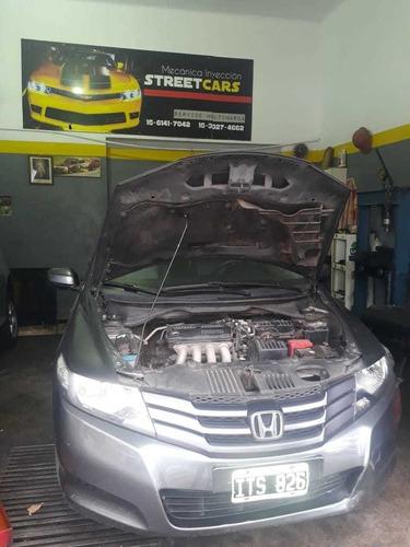 taller mecánico automotriz
