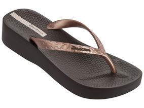 44cf19469 Lojas Besni Sapatos Feminino Anabela Ipanema - Sapatos no Mercado ...