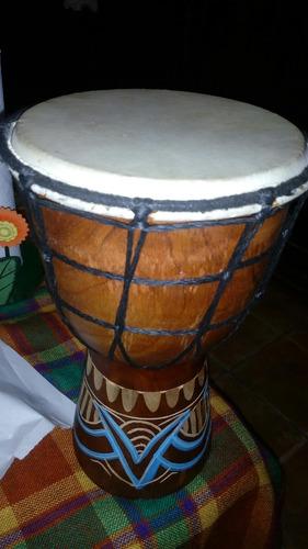 tambor africano.