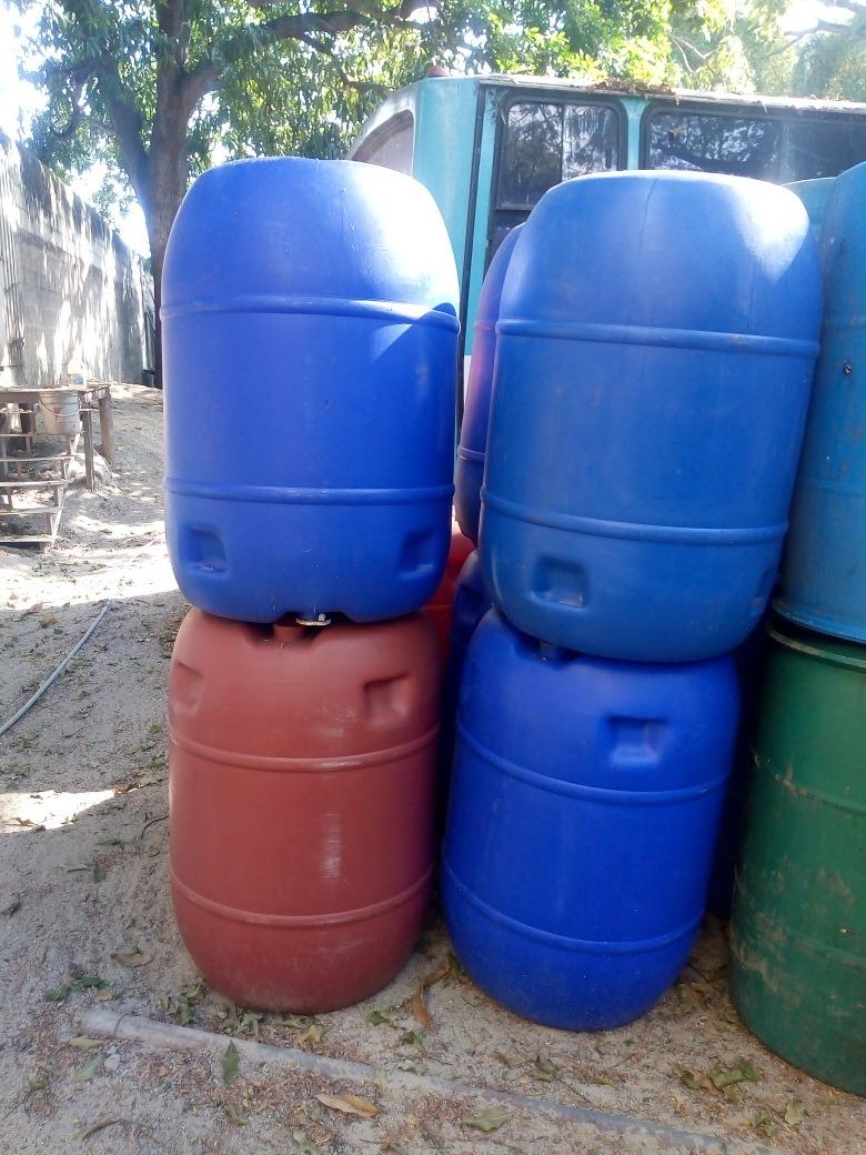 Tambor,pipote Plastico De 200lts Sellado Y Con Tapa De ...