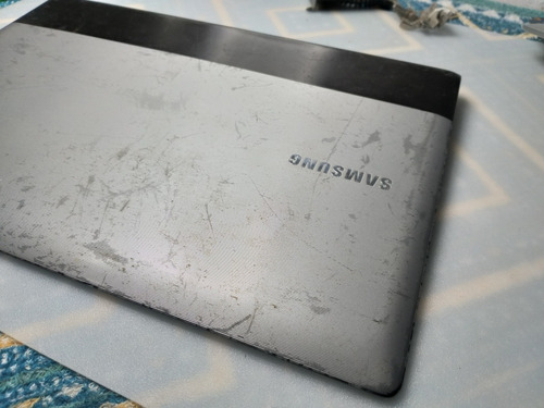 tampa da tela notebook samsung rv415