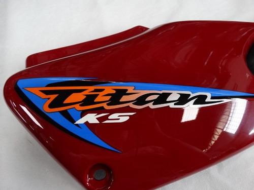 tampa lateral direita titan ks 2000 à 2008 vermelha original