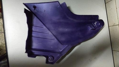 tampa lateral direita ybr 125 2004 roxo com adesivo