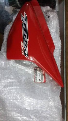 tampa lateral esq/dir titan 150 ks/es/esd vermelha 05/06